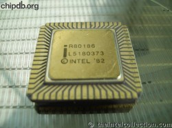 Intel R80186 print on gold 82